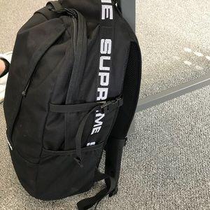 5535c9f134de Supreme Bags - Supreme ss18 backpack